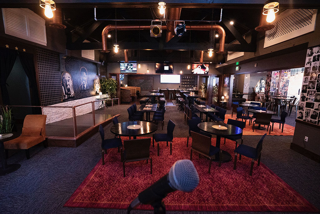 The Lounge At Wiseguys 2 (The Gateway)