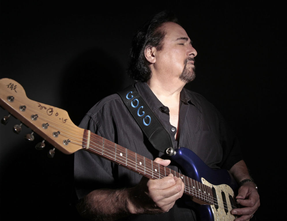Coco Montoya/Coming In Hot (Elements)
