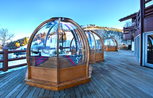 Stein Eriksen Lodge Unveils Outdoor Dining Alpenglobes