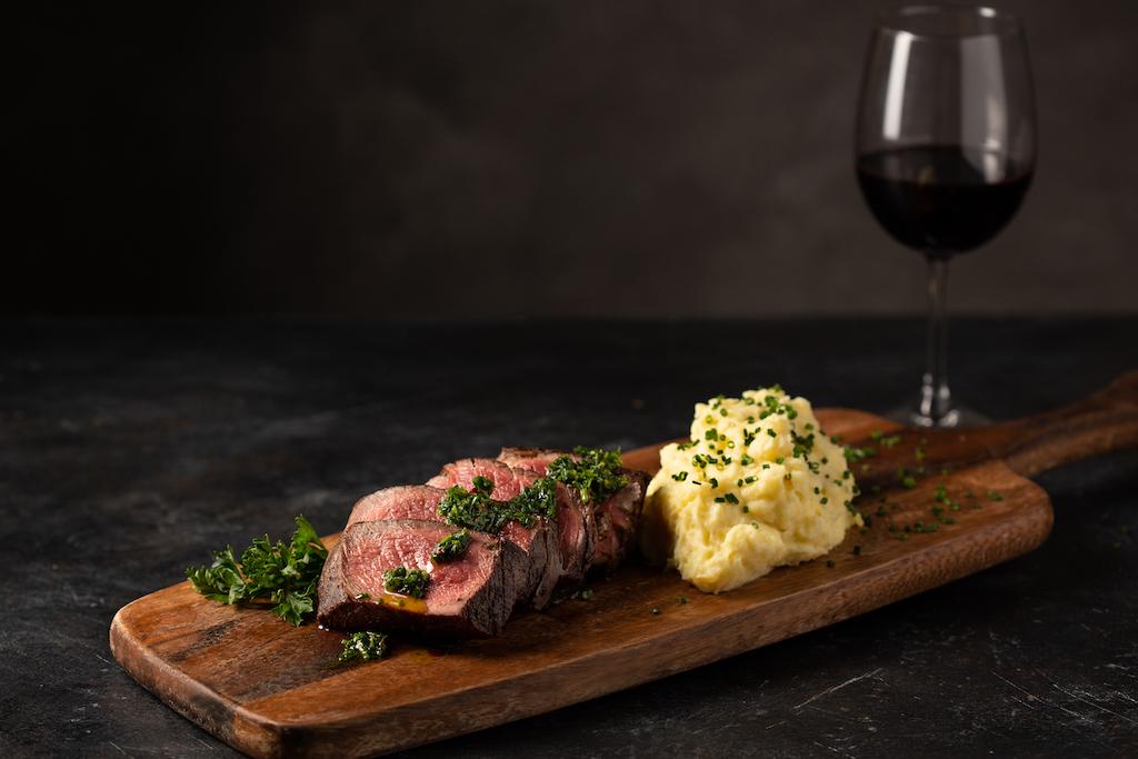 Flanker Kitchen + Sporting Club Unveils Menu